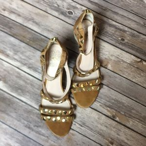 Vince Camuto Leather Studded Heels Womens Size 8.5